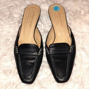 Donald J Pliner slide on loafer mule black